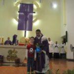 Padre Claudio comemora um ano de sacerdócio