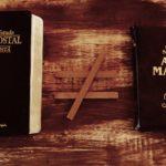 Mês da Bíblia: Qual a diferença entre a Bíblia Católica e a Bíblia Protestante?