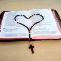 Mês da Bíblia: Introdução às Sagradas Escrituras
